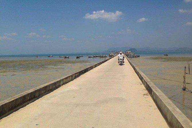 Koh Mook to Koh Kradan by Satun Pakbara Speed Boat
