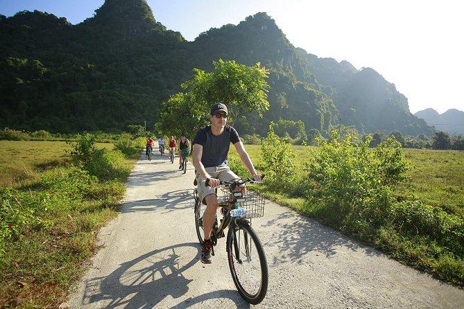 Lan ha bay 2 days tour- Best &Boutique cruise & Swimming, Kayaking & Biking trip