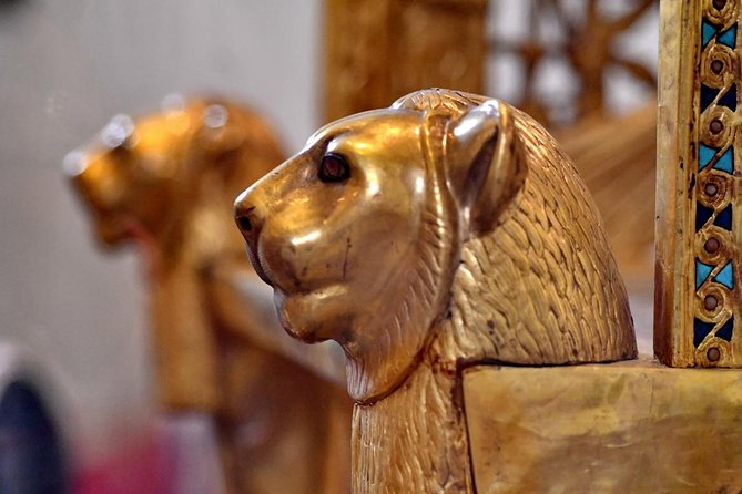 Private Half Day Tour to Egyptian Museum & Coptic Cairo Churches
