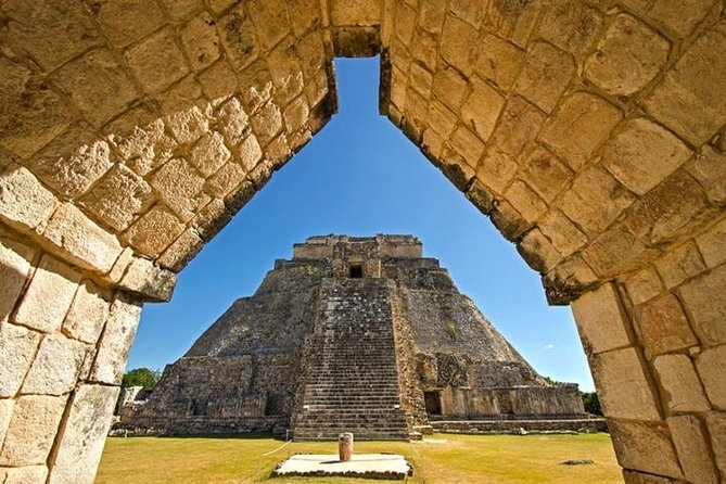 Uxmal, Kabah Sayil & Labna with lunch in shared service photo 4
