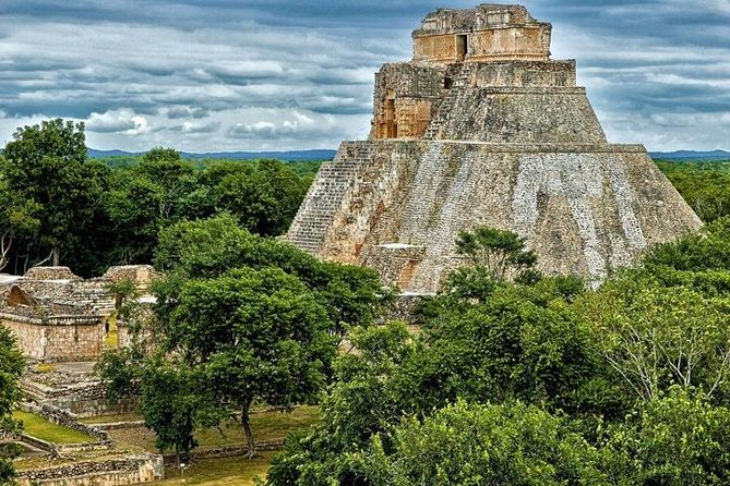 Uxmal, Kabah Sayil & Labna with lunch in shared service photo 6