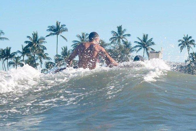 Group Surf Lesson at Kalama Park in Kihei
