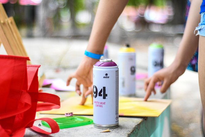 Private Street Art Tour and Graffiti Workshop in Cancun