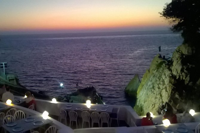 Sunset, Romantic Dinner And Cliff Divers Show
