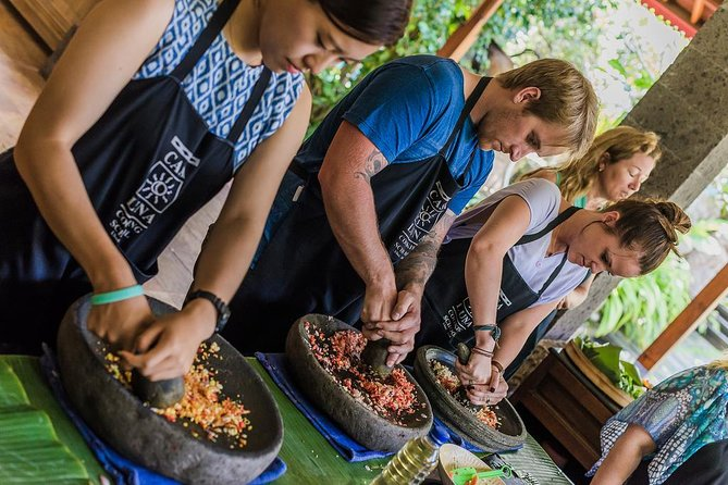 Balinese Cooking class with traditional morning market visit