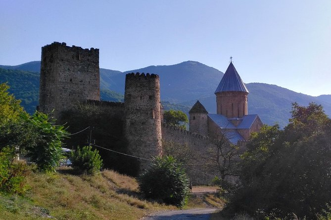 Tour to Kazbegi: Georgian Military Road – Ananuri – Gudaury – Kazbegi