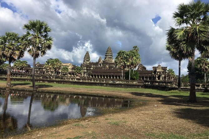 Explore Angkor Temples by Jeep photo 16