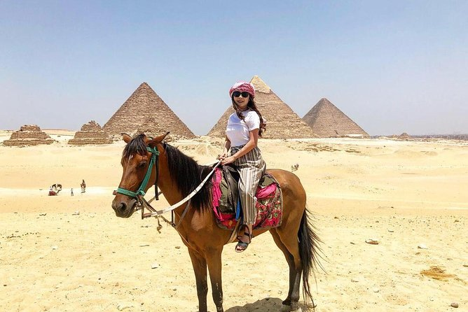 Half-Day Tour of Giza Pyramids and Sphinx from Cairo
