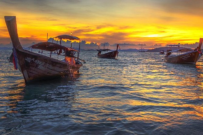 Snorkeling and Sunset to Krabi 7 Islands by Longtail Boat + Buffet BBQ Dinner