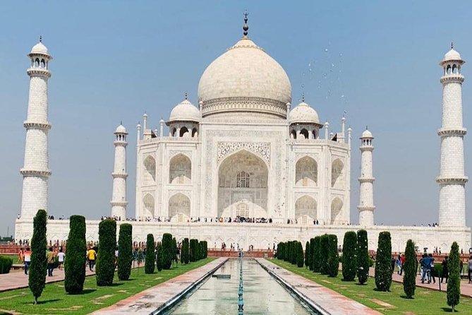 Taj Mahal Tour All Inclusive : By luxury Train from Delhi.
