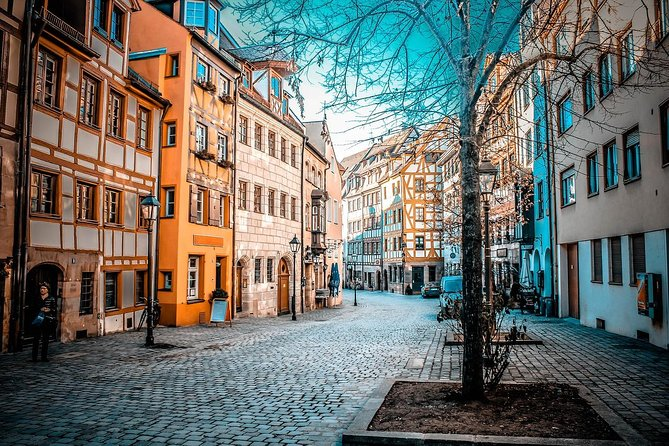Private Transfer from Berlin to Nuremberg with 2h of Sightseeing