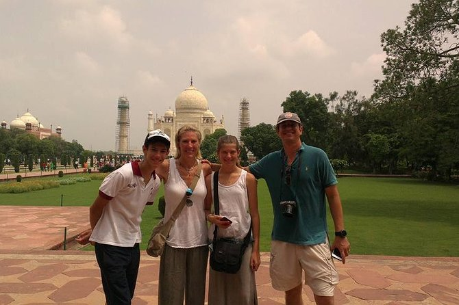 Same Day Comfort Taj Mahal & Red Fort Trip : All Inclusive photo 7