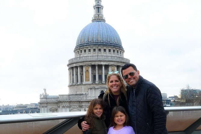 St. Paul's Cathedral & City of London Private Tour for Kids and Families