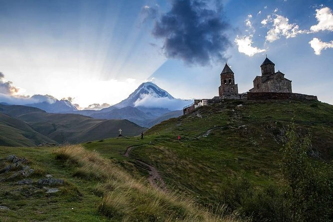 Full-Day Kazbegi - Stepantsminda, Gudauri Private Guided Tour