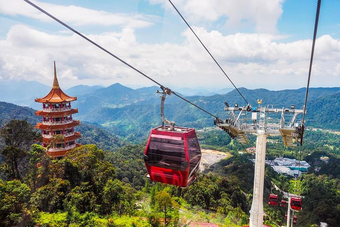 Genting Highlands Day Trip from Kuala Lumpur with Skyway Cable Car Ride