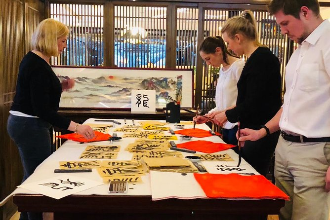 Noon Calligraphy Class