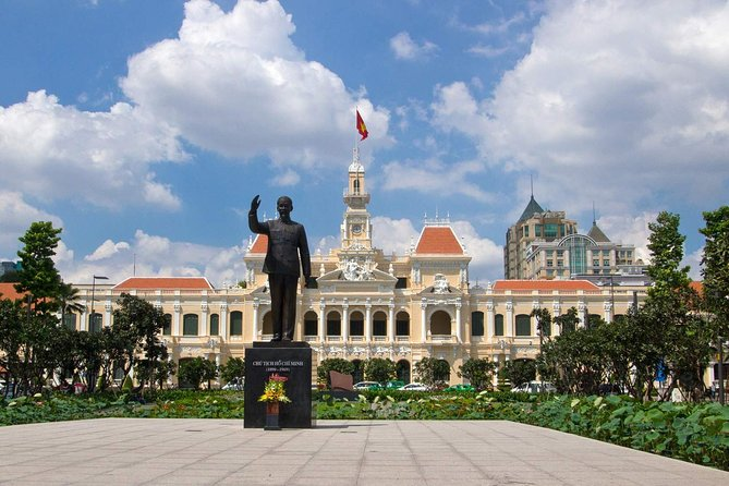 Half-day Saigon Sightseeing Bustling City