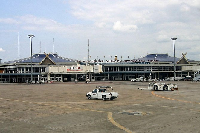 Private Transfer Chiang Mai Airport to Hotel in Chiang Mai by Car and Van