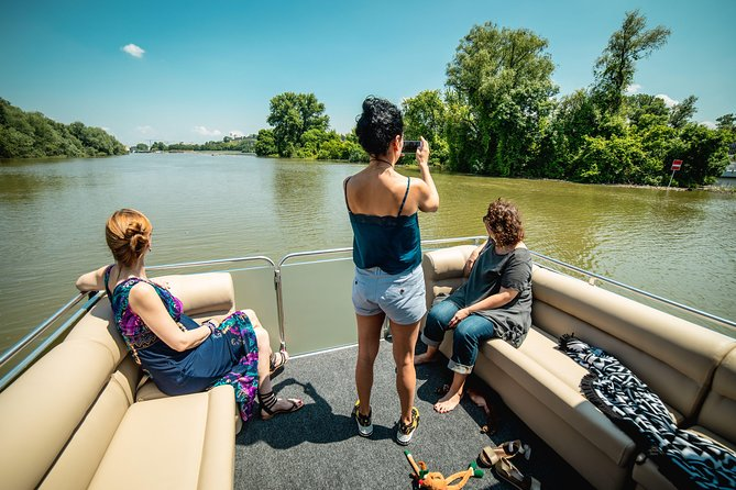 Semi-private Luxury boat sightseeing max. 10 guests with welcome drink