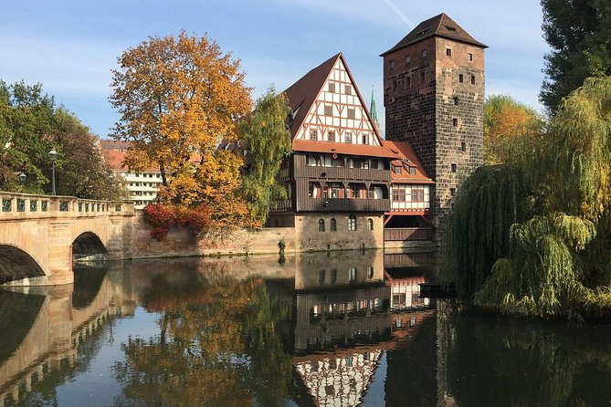 Private Transfer from Salzburg to Nuremberg with 2h of Sightseeing