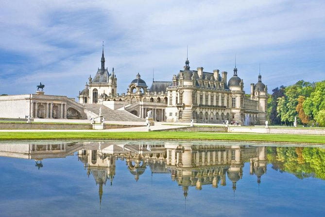 Private Visit Castle Chantilly 6 hours by Luxury Car