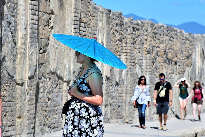 Discover Pompeii With English Guide photo 3