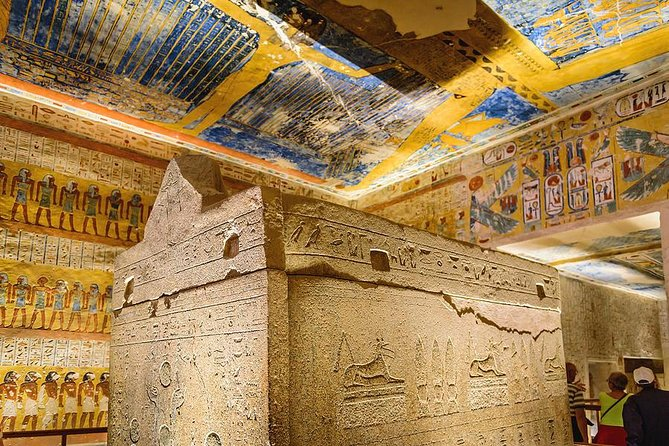 Full-Day Luxor Highlights East and West Banks
