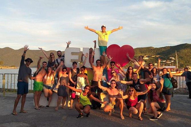 Arraial do Cabo Tour - Leaving Rio de Janeiro by Pepe Rio Tours
