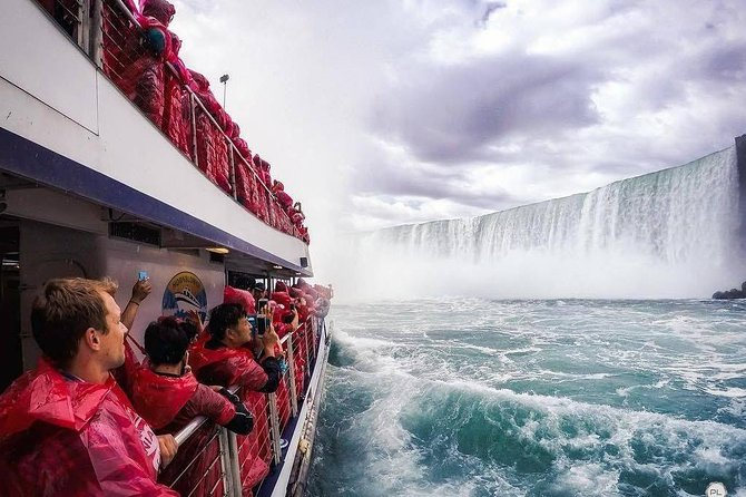 Niagara Falls Day Trips From Toronto with Hornblower Boat Cruise