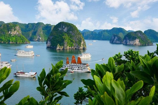Halong Bay overnight ALL INCLUDED from Hanoi at GREAT CRUISES - GREAT experience
