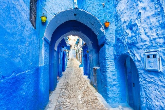 A day trip from FEZ to CHEFHCAOUEN, the blue city with a small group