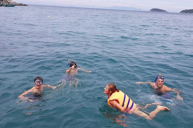 CHAM ISLAND SNORKLING TOUR, SWIMMING,Seafood Lunch,RELAXING by Private Speedboat