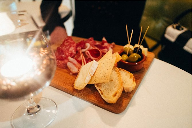 Day Trip: The Norcineria Art Cooking Lab + lunch + Vinyard Tour By Horse & Carriage