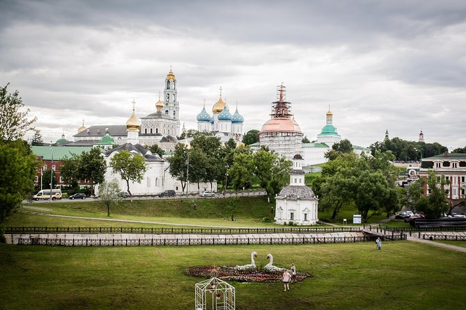Sergiev Posad day trip (duration 5-6 hours or 7-8 hours with options)
