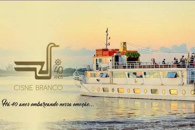 Navegando no Guaíba com o Barco Cisne Branco – Porto Alegre