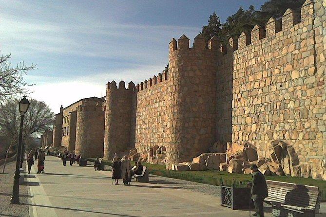 Ávila Walking Tour