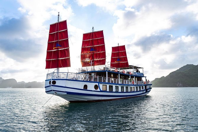 Luxury Halong Small Group Tour (expressway Limousine+cruise)