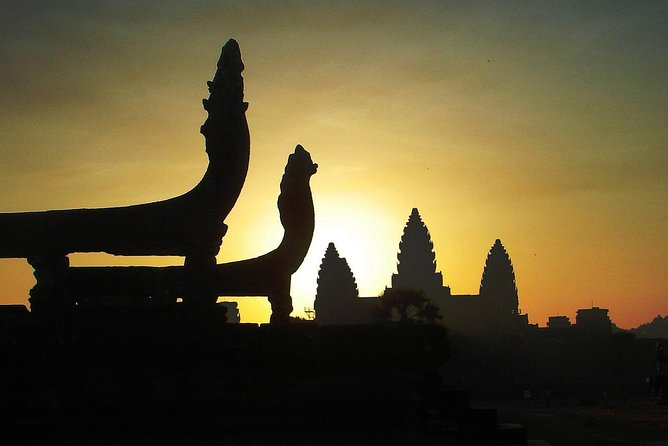 One day Angkor temple with sunrise photo 24
