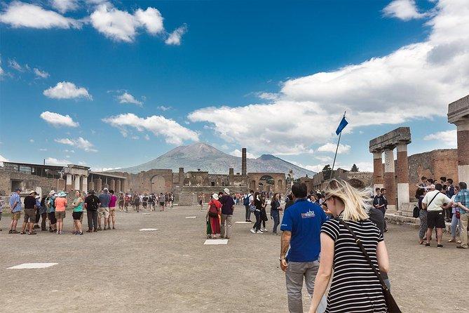 Skip-The-Line Pompeji och Vesuvius med Pizza Lunch från Sorrento