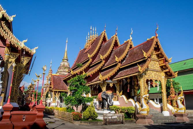 Lanna's pride of fine arts -Wat Intakhin