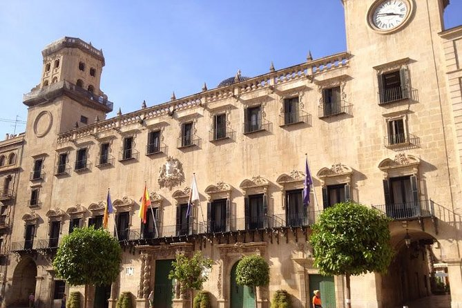 3-Hour Walking Tour of Alicante photo 4