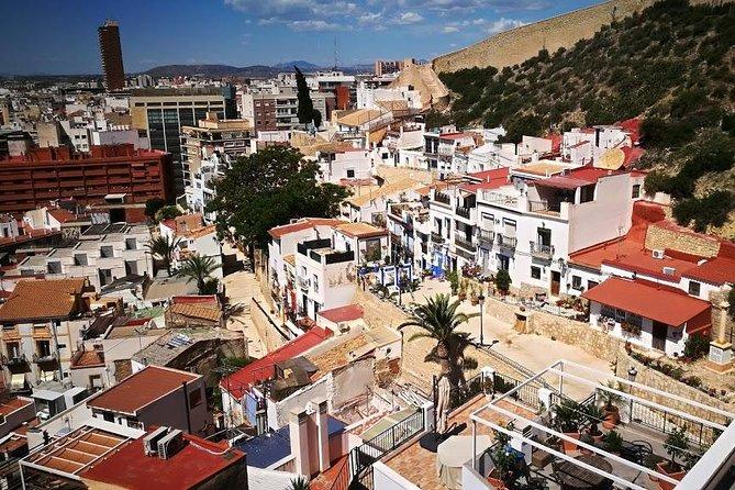 Excursión de 3 horas por la costa para grupos pequeños a pie por Alicante, Alicante, ESPAÑA