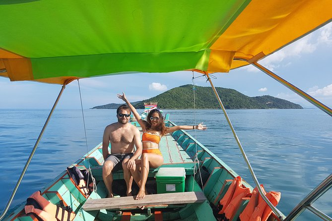 Snorkeling & Pig Island Experience photo 3
