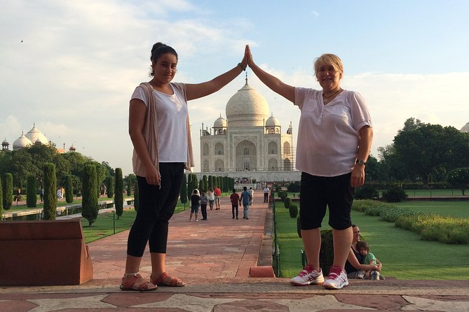Agra Taj Mahal Sunrise Visit from Delhi by Private Car with Guide