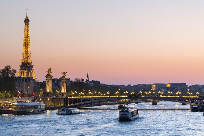 Private Airport Transfer: Paris Charles de Gaulle Airport (CDG) to Paris