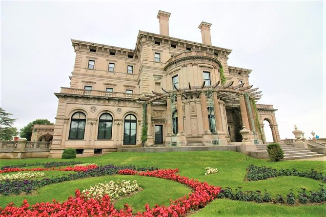 Boston to Newport Small-Group Day Trip with Breakers & Elms Mansion Admission
