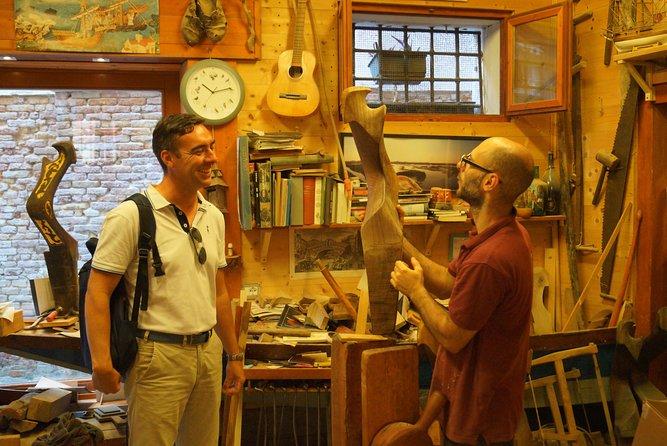 Meet gondola's craftsman: creation of the Forcola