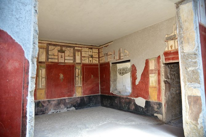 Discover Pompeii With Wine & Food Tasting photo 9