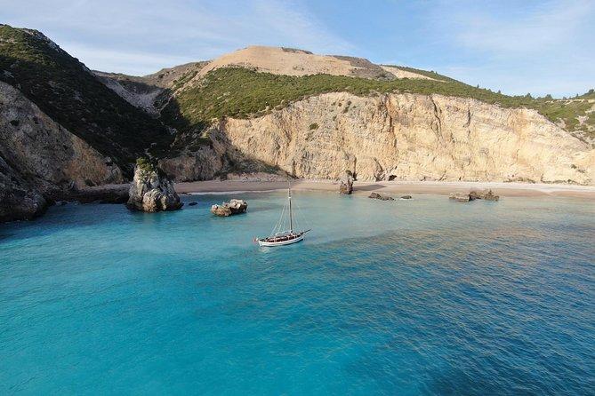 2h - Sesimbra Bay and Ribeiro do Cavalo Beach