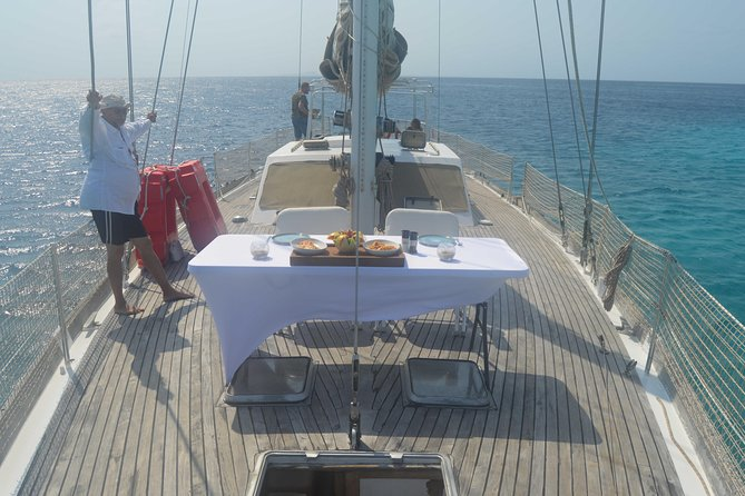 Private charter on Casador a Luxury 68ft sailing yacht .cruise ship pickup.